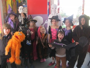 An-afternoon-of-costumes,-cooking-fun-and-games-for-Raasay-Primary-and-Nursery-pupils