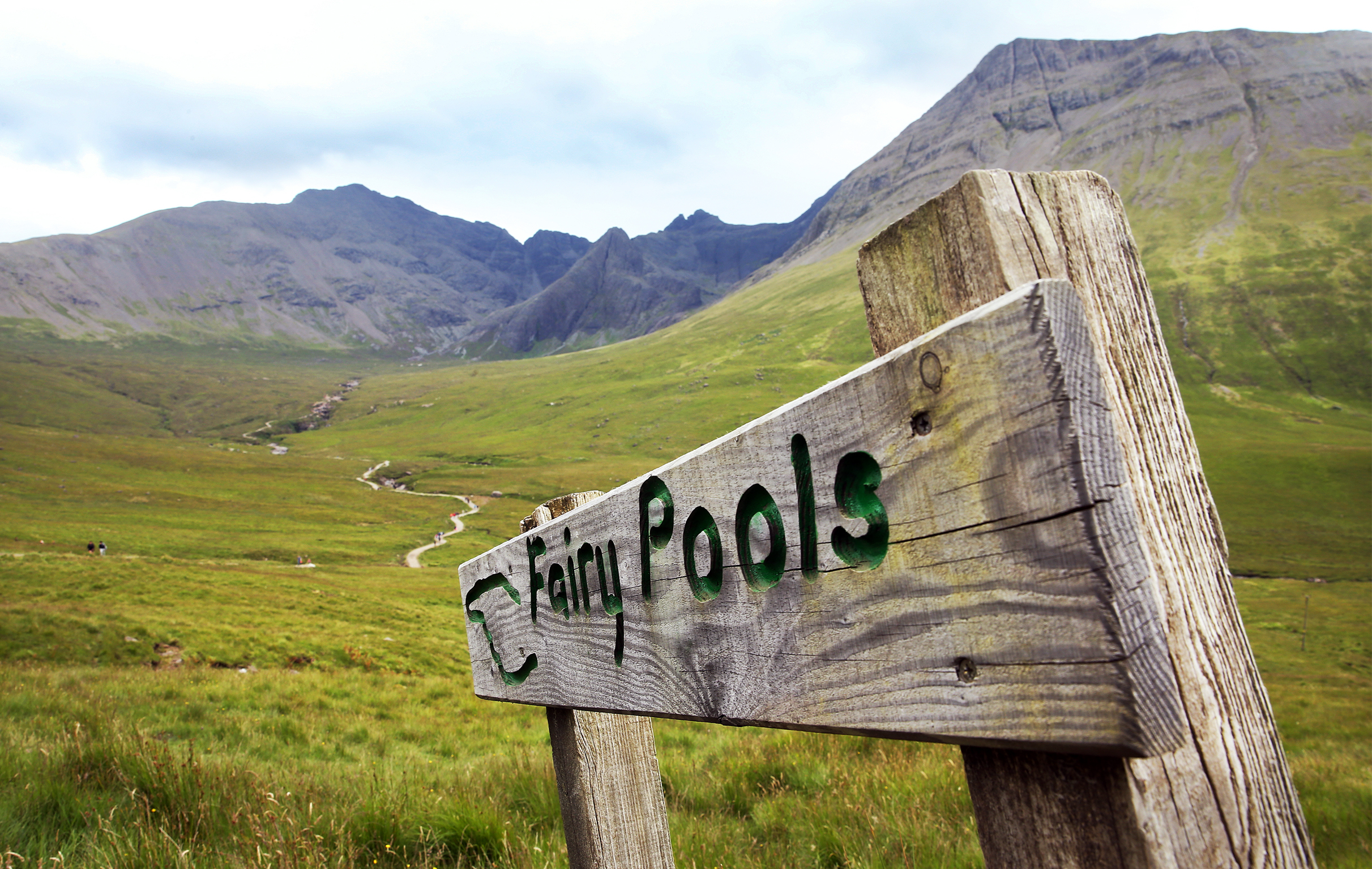 PARKING - FAIRY POOLS 8